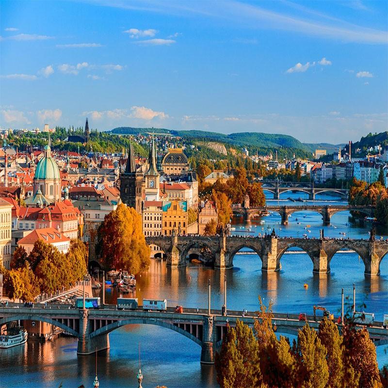 Prague en Avion