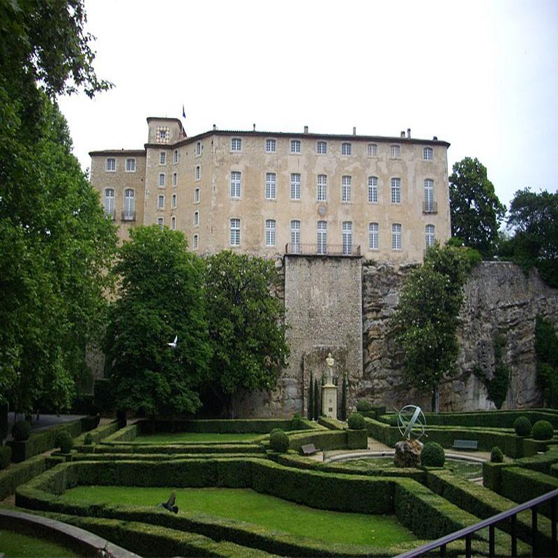 Abbaye de la Celle et...